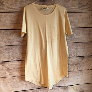 NWOT Anthropologie Three Feathers T Shirt